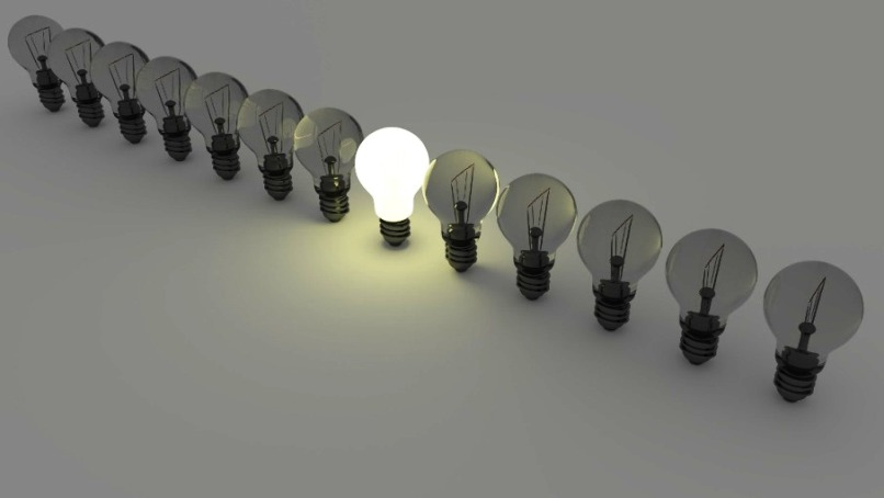 light bulbs MBA :: Master in Business Management